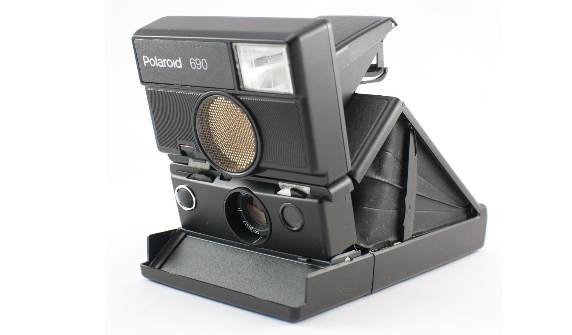 Фотоапарат Polaroid SLR690
